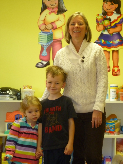 Elijah and Taylah are adoring their teacher!